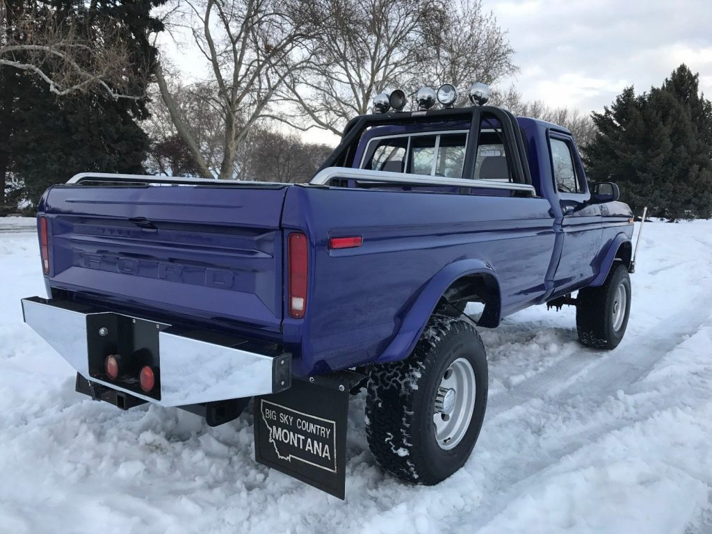 [460 eng+manual trans] 1977 Ford F-250 Custom Highboy Long Bed