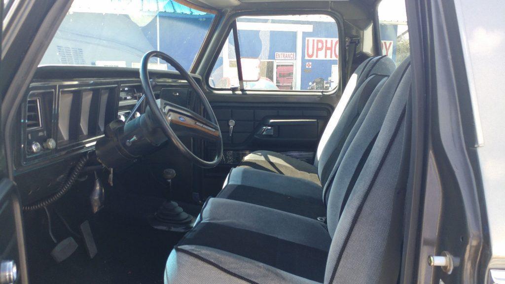 1979 Ford F-350 Custom 4×4 full restoration