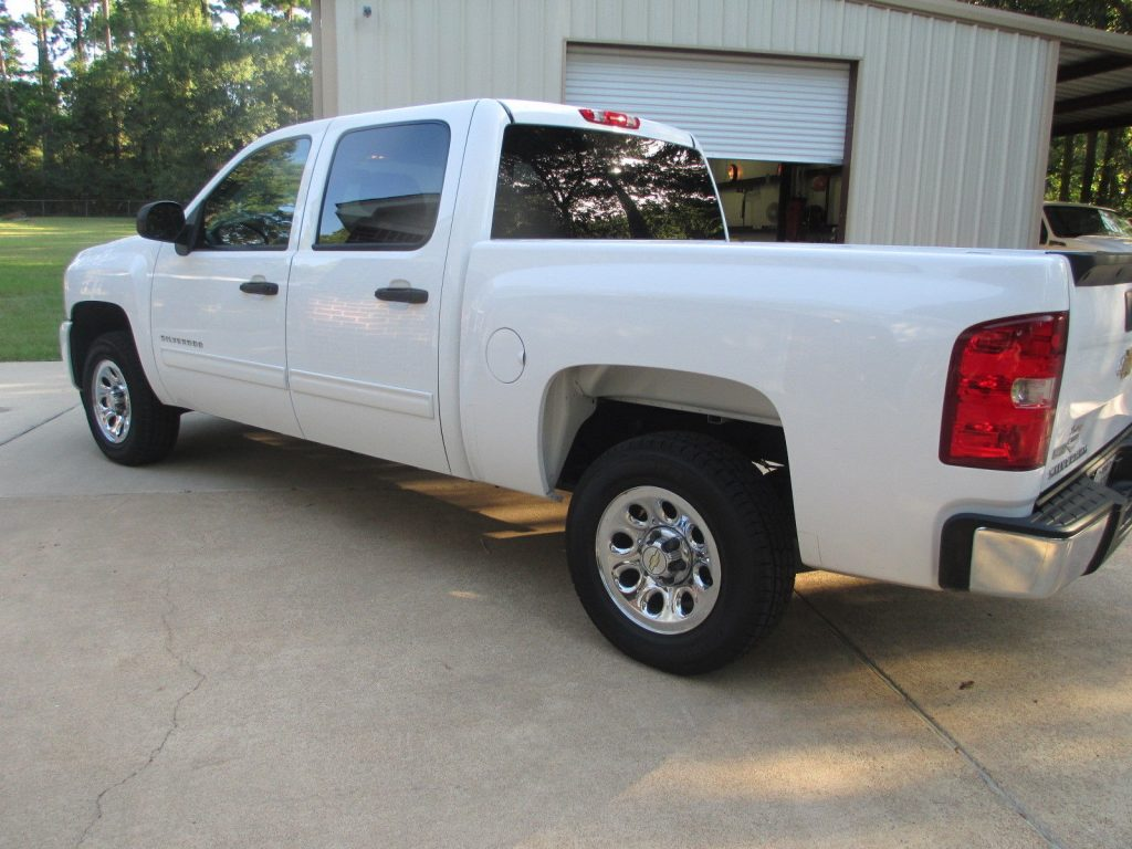 garaged 2011 Chevrolet Silverado 1500 pickup