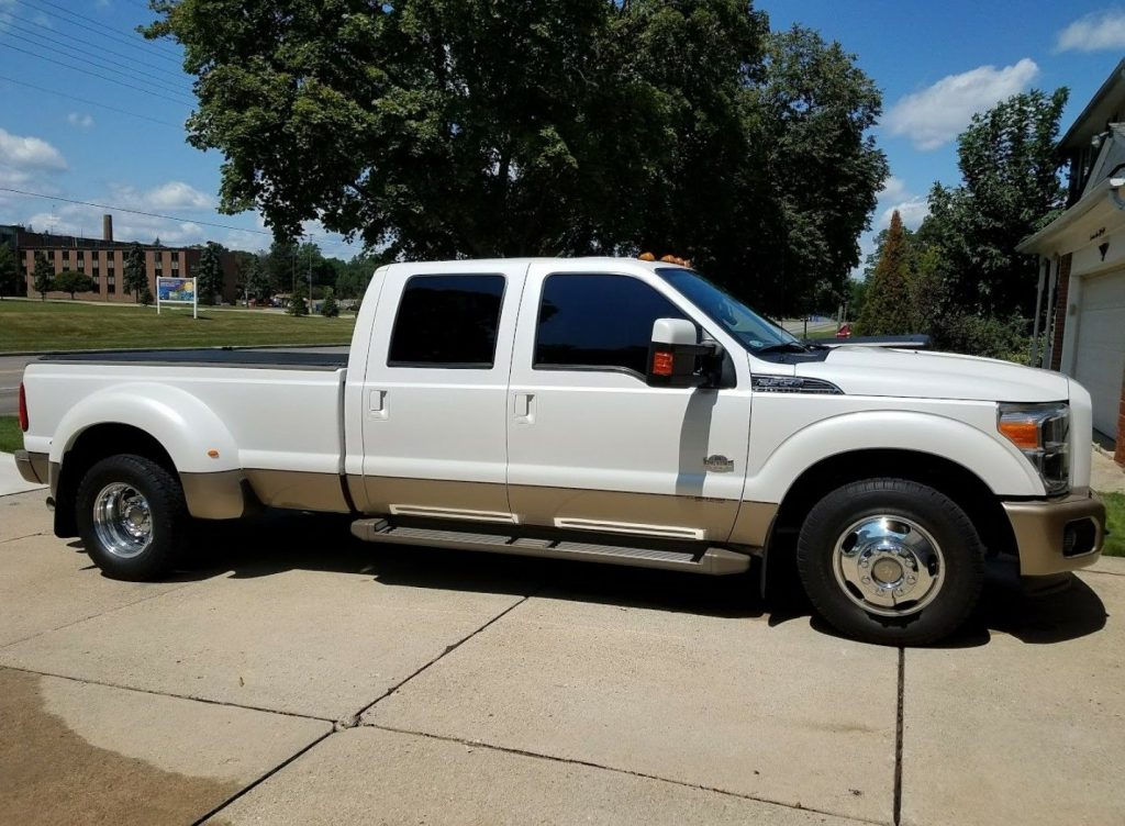 loaded 2011 Ford F 350 King Ranch pickup