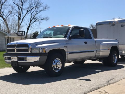 runs and drives great 2002 Dodge Ram 3500 pickup for sale