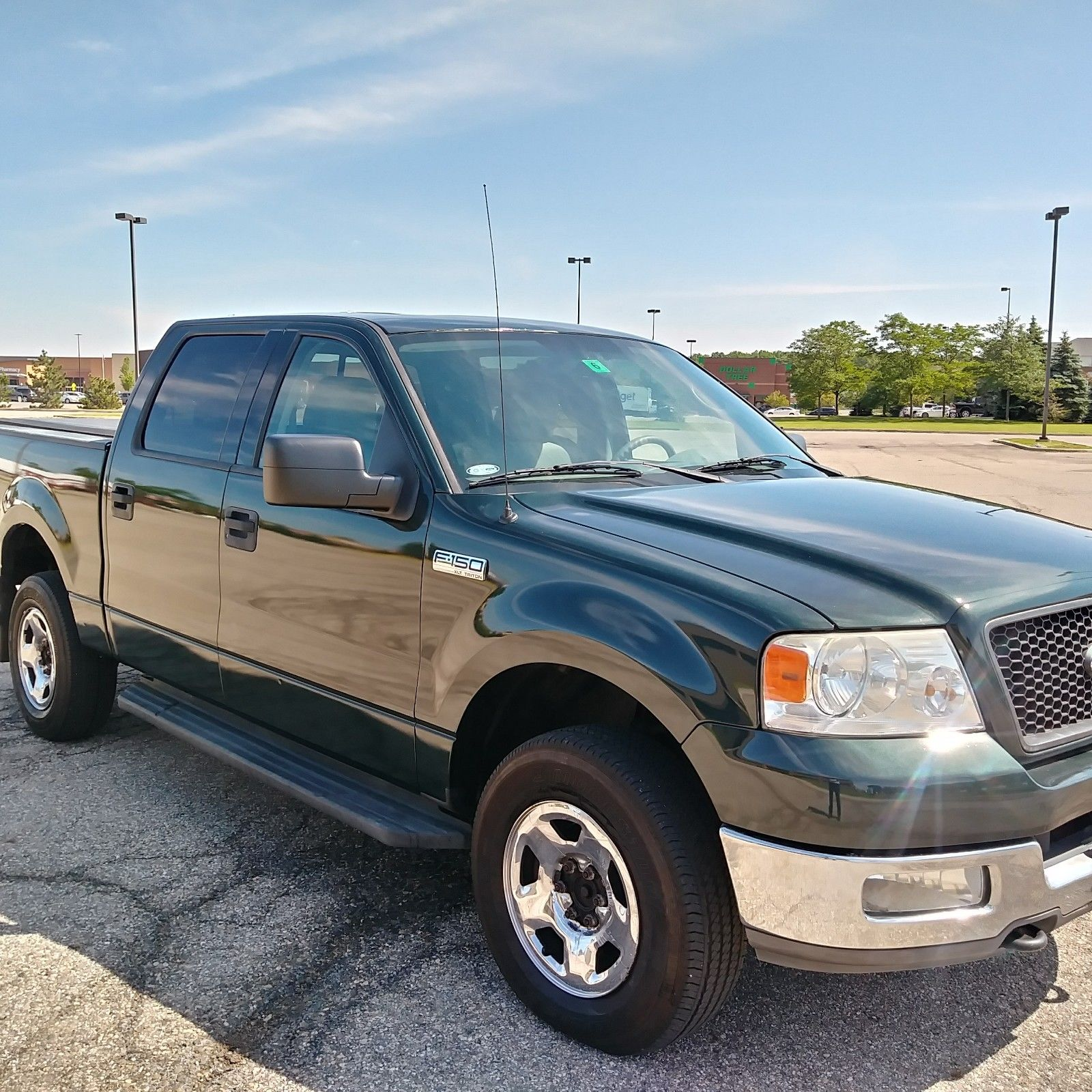 Very Nice 2004 Ford F 150 XLT Pickup For Sale