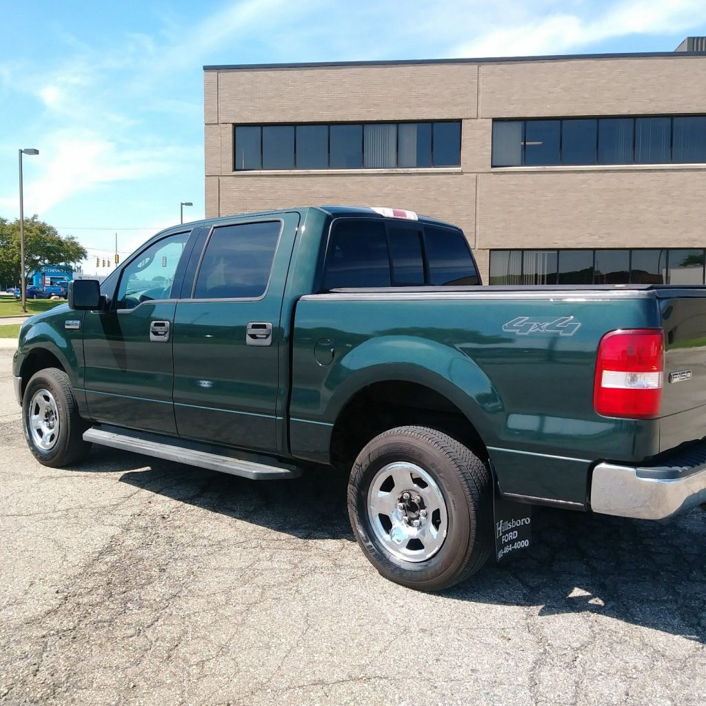 very nice 2004 Ford F 150 XLT pickup