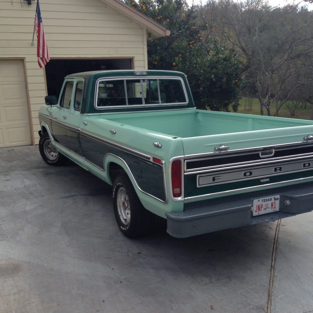 1977 Ford F-150 Super Cab Ranger Trailer Special