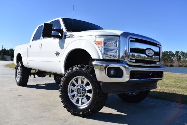 clean 2011 Ford F 250 Lariat pickup
