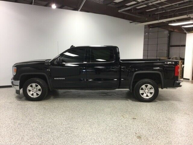 well equipped 2015 GMC Sierra 1500 pickup